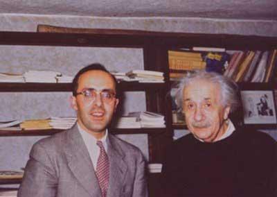 اینیشتین و دکتر بهرام کورشون اوغلو